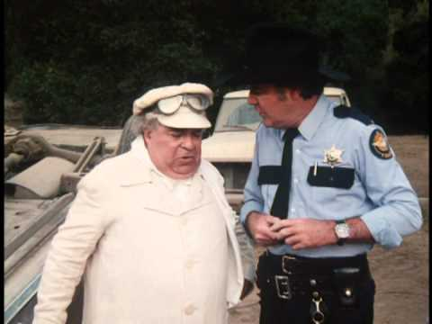 Sherrif Rosco arrests his little fat buddy he calls him